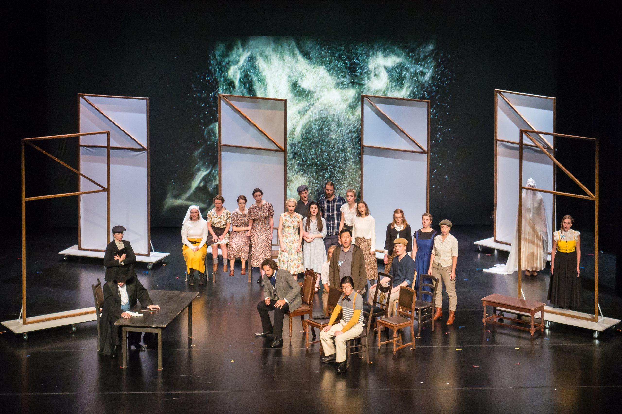 Blauer Salon   Junge Oper Rhein-Main   La Dame Blanche   Theater Rüsselsheim   Bildnachweis: Malte Schwarz